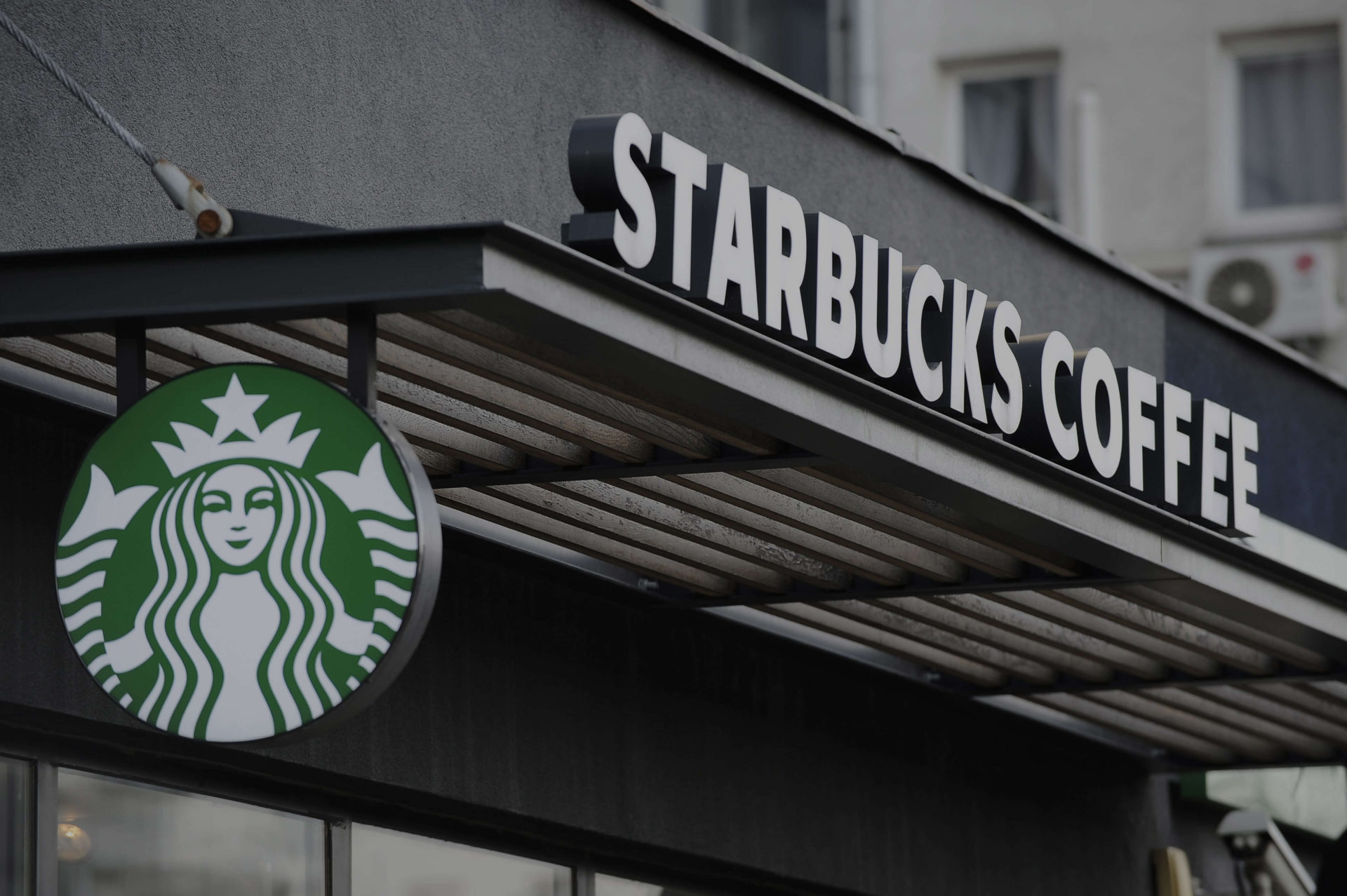 Starbucks and Spotify Partner Up to Drive In-Store Engagement